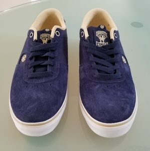 C1rca shoes NWOT